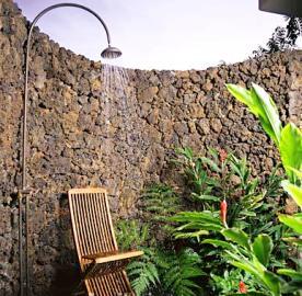 Outdoor shower 39 s mr plumber for Outdoor rock shower